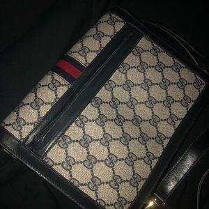 Gucci Bags - Vintage Gucci shoulder-purse